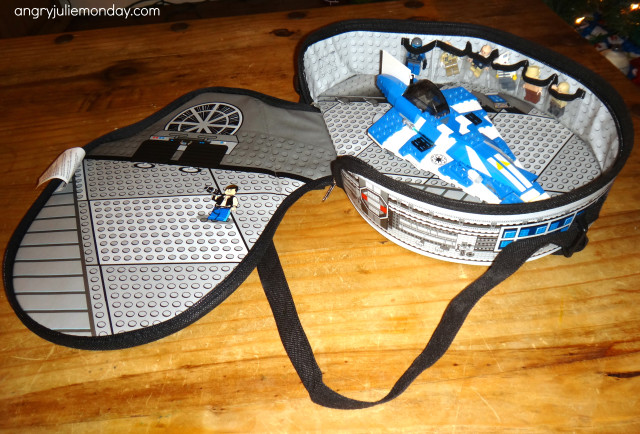 Lego Star Wars ZipBin Millennium Falcon Messenger Bag