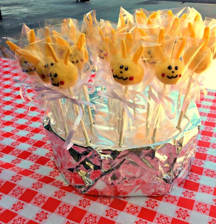 pokemon cake pops.jpg